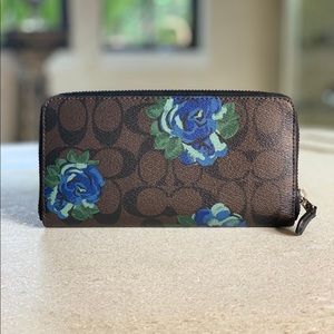 Coach Bags - 🔥Sale🔥NEW❗️COACH Wallet